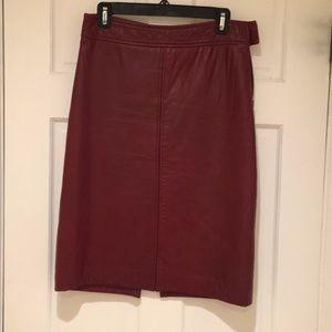 Vintage DKNY Burgundy leather pencil skirt 4